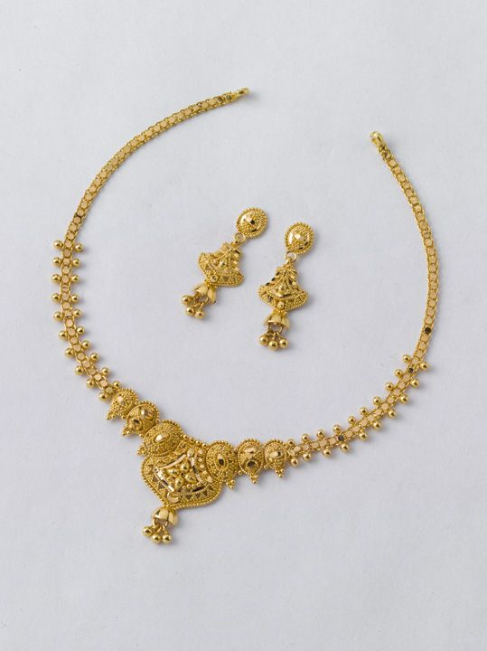 Beautiful Necklace Set Only From The Gold Factory 3 Necklace 9 800 Gm Rs 34800 Earr Gold Necklace Set Gold Jewellery Design Necklaces Gold Necklace Simple