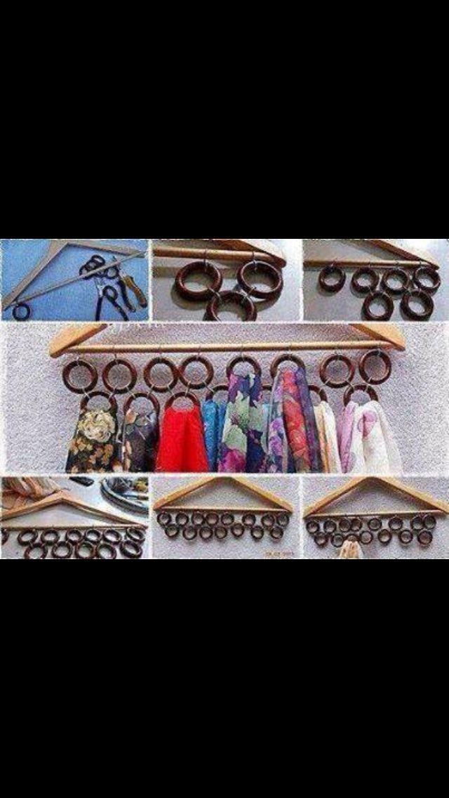 Astuce gain de place pour les écharpes et foulards! :) | Rangement écharpes, Idee rangement, Astuces