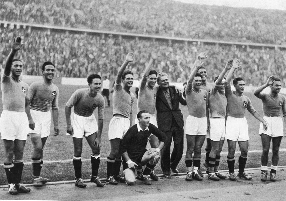 Italy players celebrate after beating Austria 2-1 in the 1936 ...