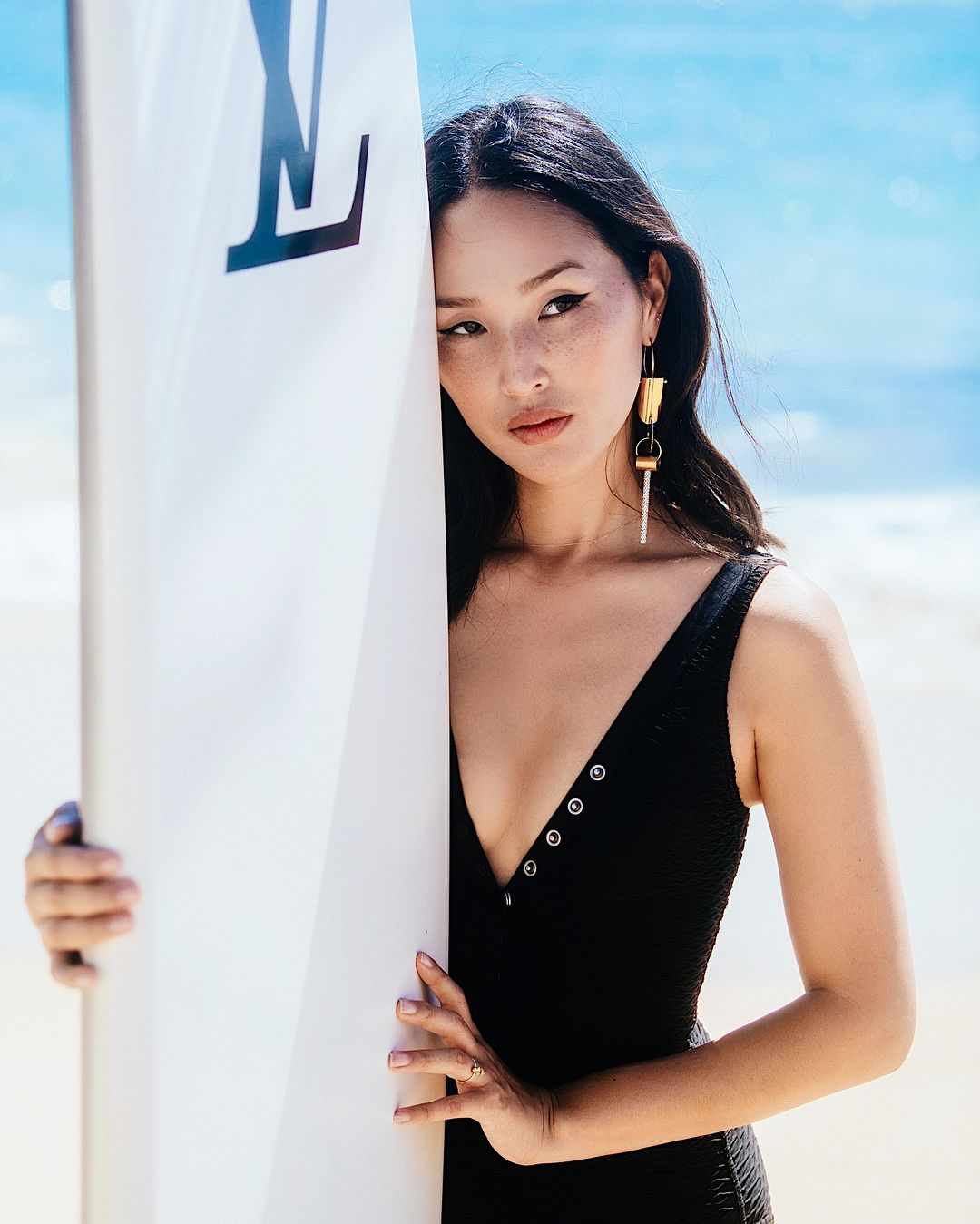 Strike The Pose Surf Blues By Eresgirl Garypeppergirl