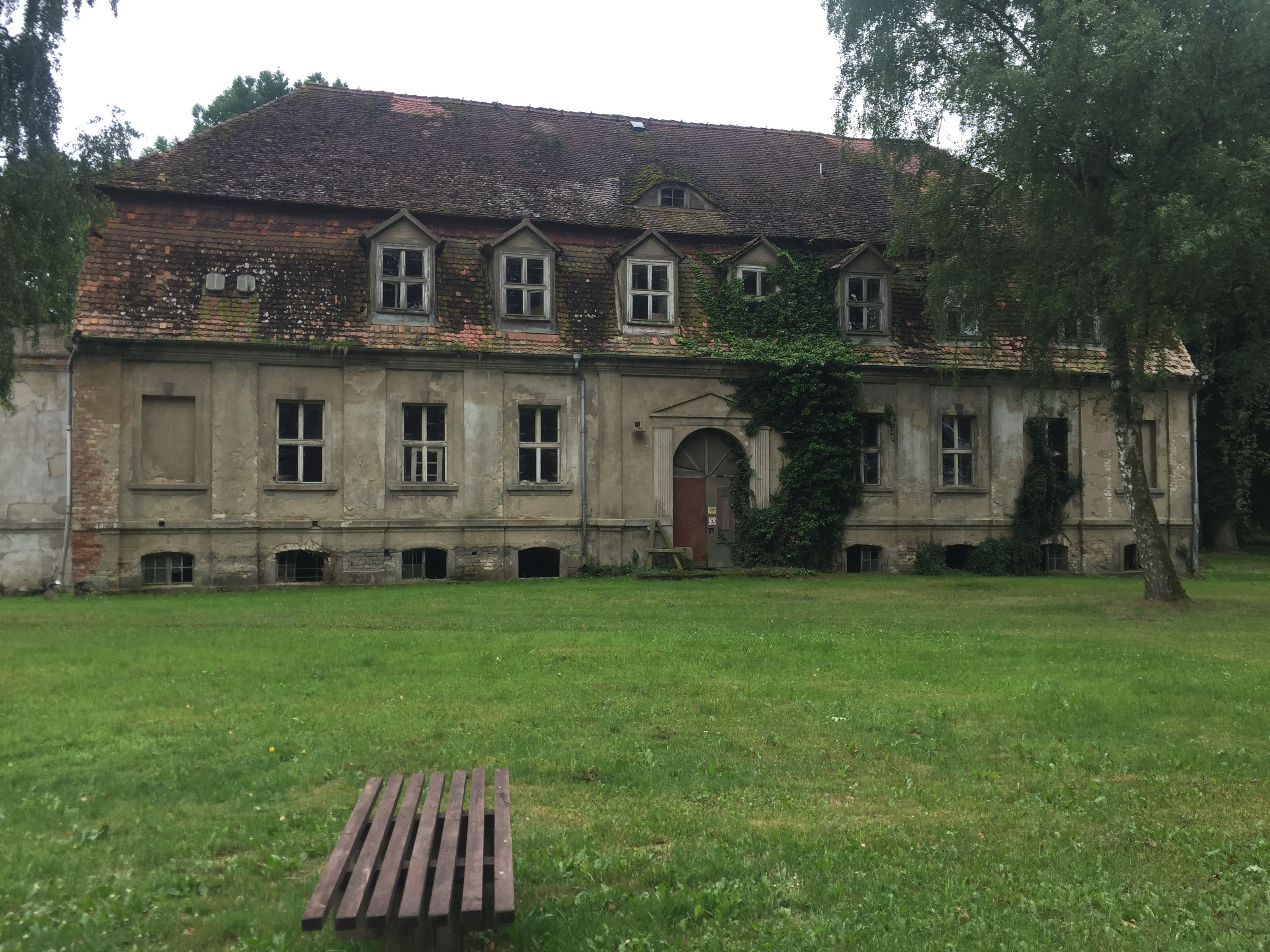 Altes Gutshaus In Horst Prignitz Verlassenes Haus Architektur Altes Haus