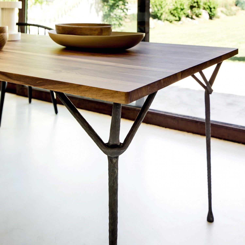 Tavolo in ferro battuto moderno officina di magis for Tavoli di design in ferro