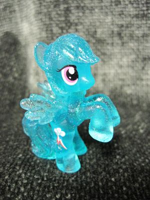 Never Grow Up: A Mom's Guide to Dolls and More: My Little Pony Blind Bags
