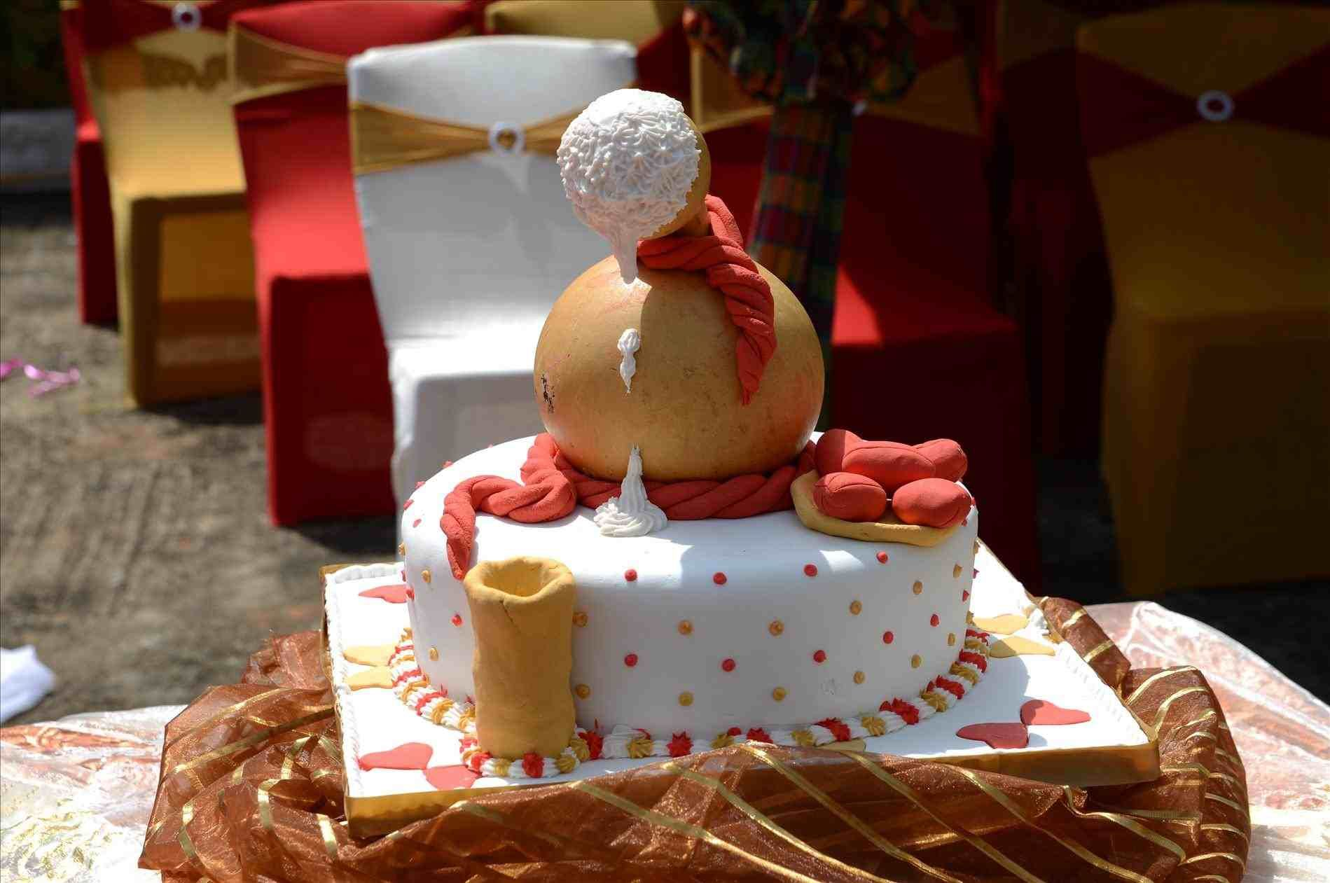 Igbo Traditional Wedding Cakes
