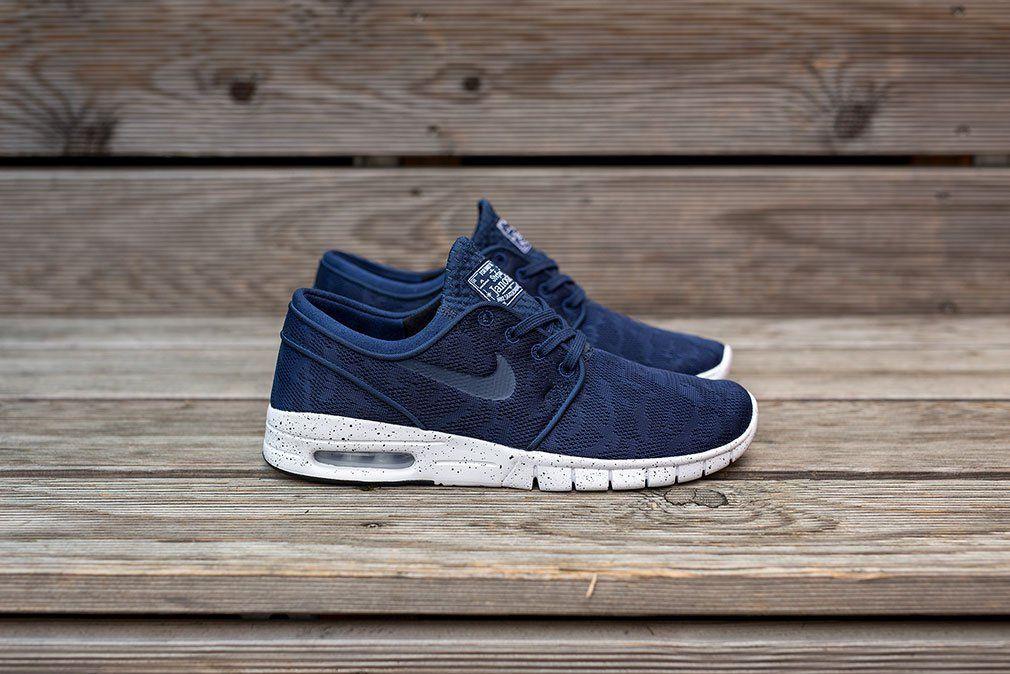 "Familiar Cambiarse de ropa Mismo  Nike SB Stefan Janoski Max ""Strike & Destroy"" (Navy) | Nike shoes roshe,  Nike, Nike free shoes"