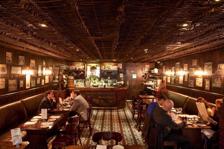 The Best Steakhouses In New York City Peter Luger Keens More New York Steak House Restaurant New York Steakhouse Design
