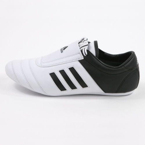 chaussure adidas kung fu