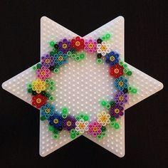 Photo of Spring wreath hama beads by herz_lieb #kunstoghåndverk Spring wreath hama beads…