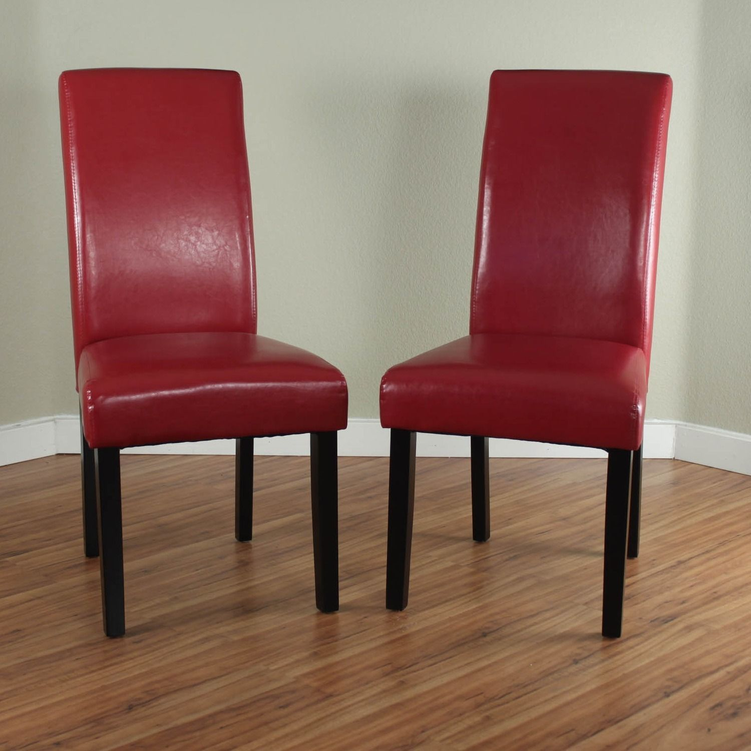 Enhance Your Dining Rooms Décor With These Contemporary Red Chairs Made Faux Leather To Give Them A Modern Look Have Pine Wood