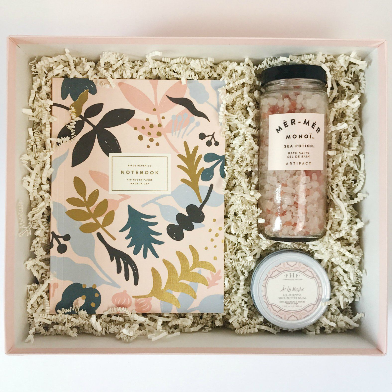 A La Mode Luxe Bloom Curated Gift Boxes Diy Gifts Gift Baskets