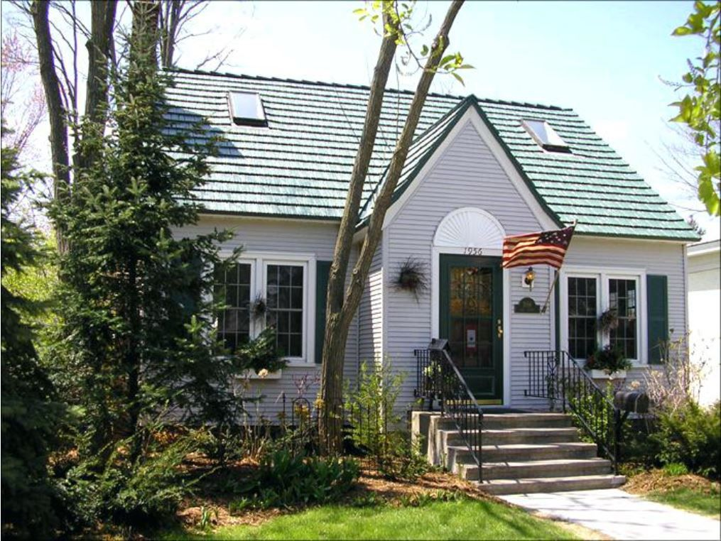 Green Roof With Classic Exterior Style And Paint Scheme Green Roof House Exterior House Renovation Grey Exterior House Colors