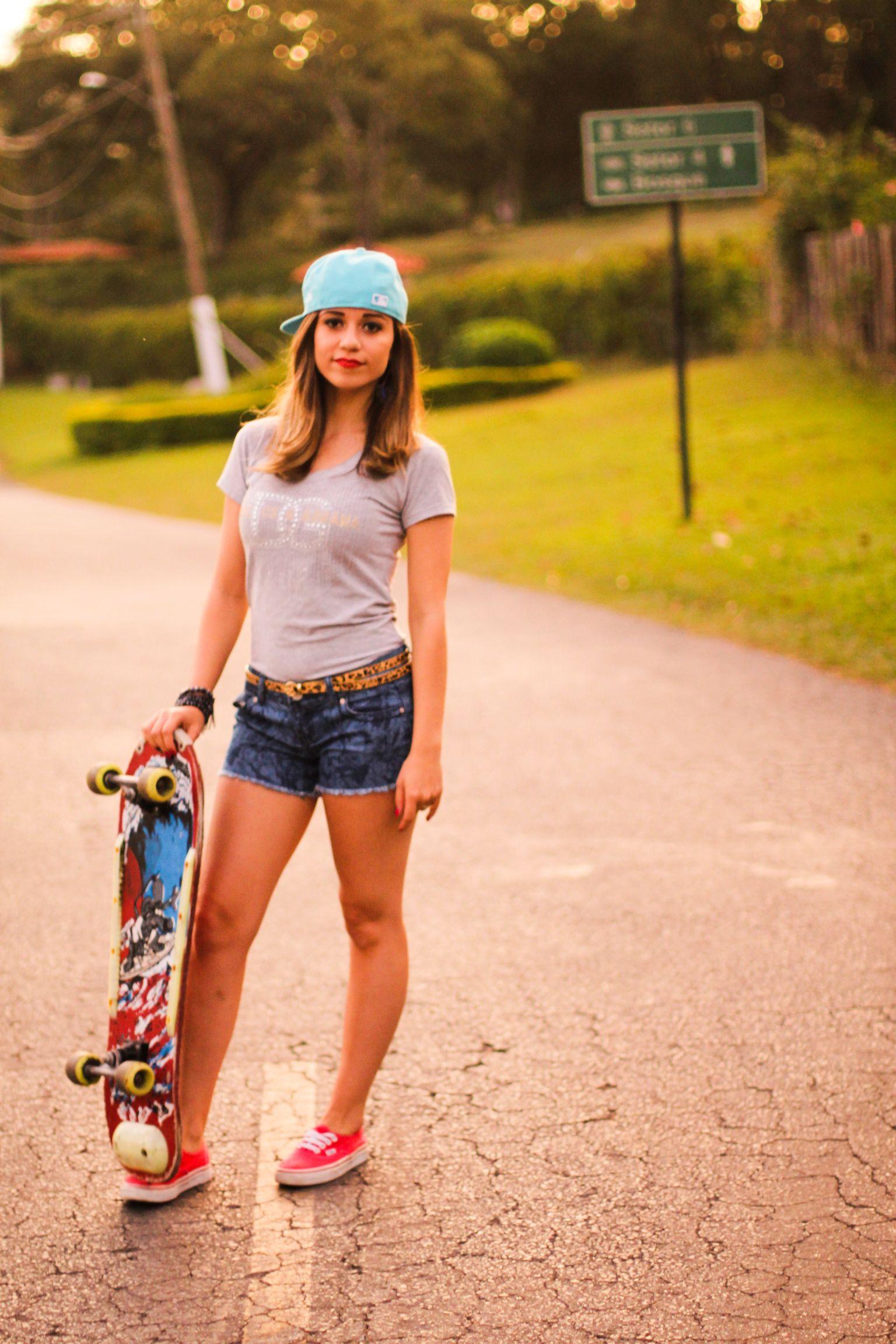Девушки на скейтбордах картинки