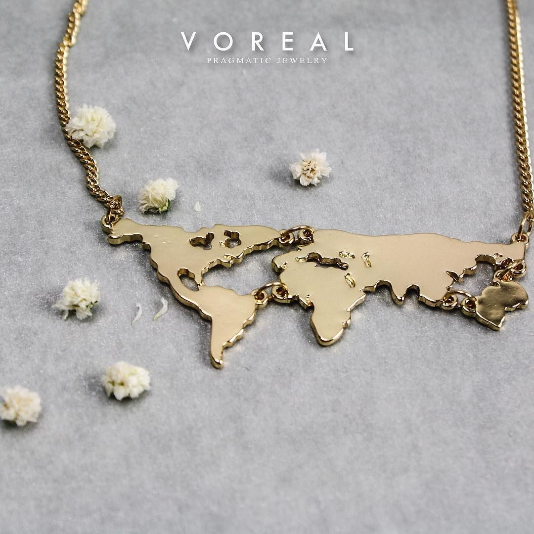 All around the world people want to be loved  #world #necklace #love #monterrey #mty #jewelry #modanacional #modamexicana #joyería #shoponline #shopvoreal