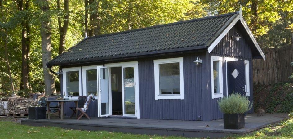 Huisje van hout praktijkruimte ideas for the garden for Kleine huizen bouwen