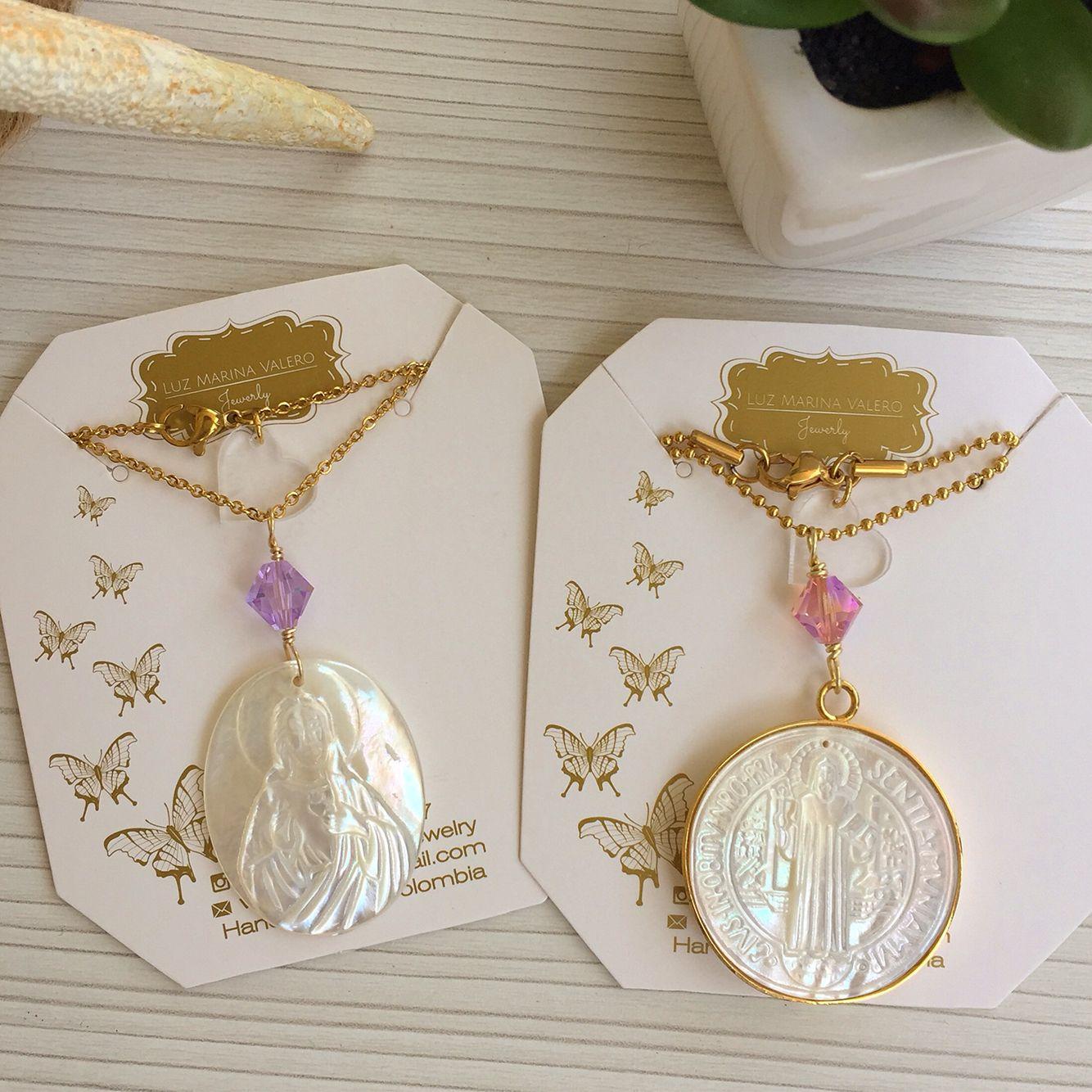 a50a886c3 Dijes de nácar Sagrado Corazón y San Benito by Luz Marina Valero Jewelry