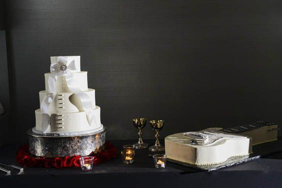 When two musicians get married, you know there's gonna be a guitar cake somewhere...
