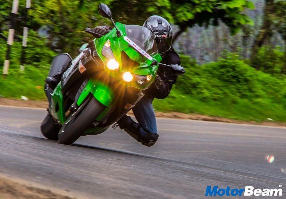 Kawasaki Ninja Zx14r Is A Monstrous Machine Motorbeam India