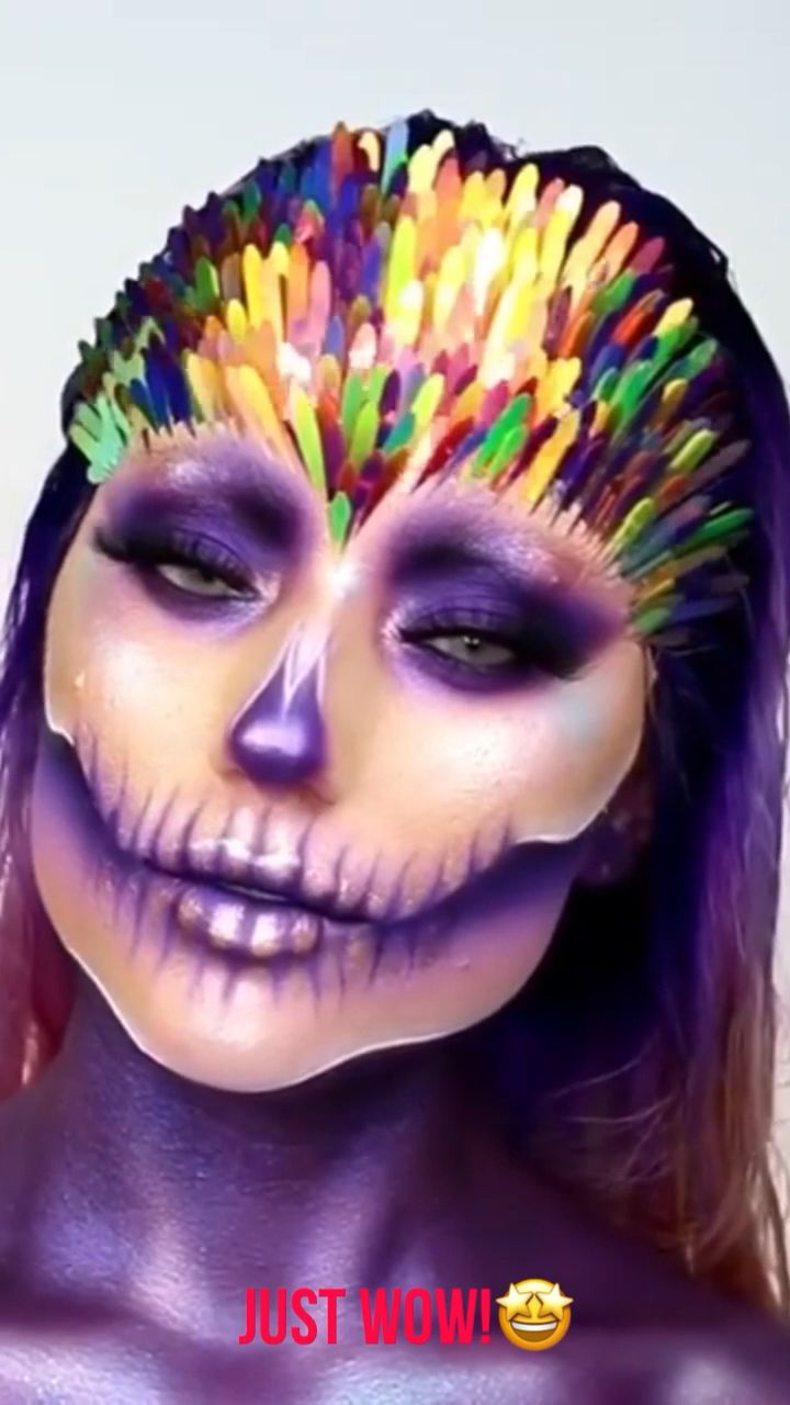 Stunning purple makeup art