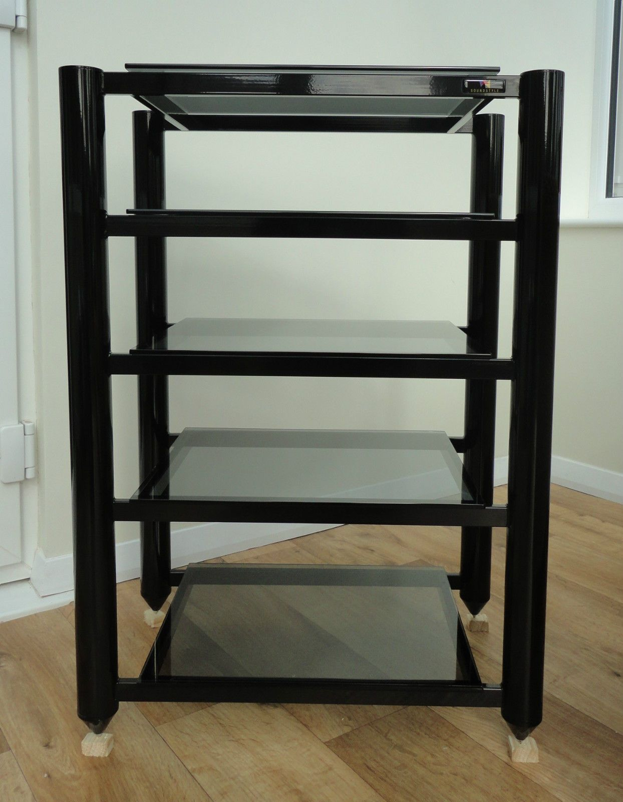 Soundstyle Hi Fi Audio Rack Black With Tinted Glass Shelves Audiophile
