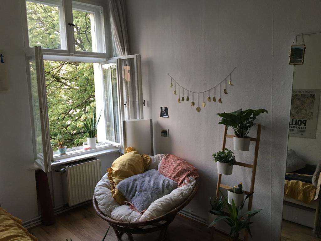 Pin Auf Studio Apartment Ideas Germany