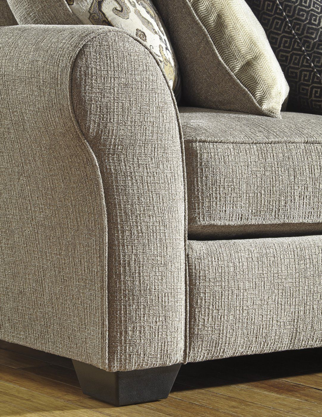 Pantomine Cuddler Sectional Cuddler Sectional Upholstered Chaise Lounge Benchcraft Furniture