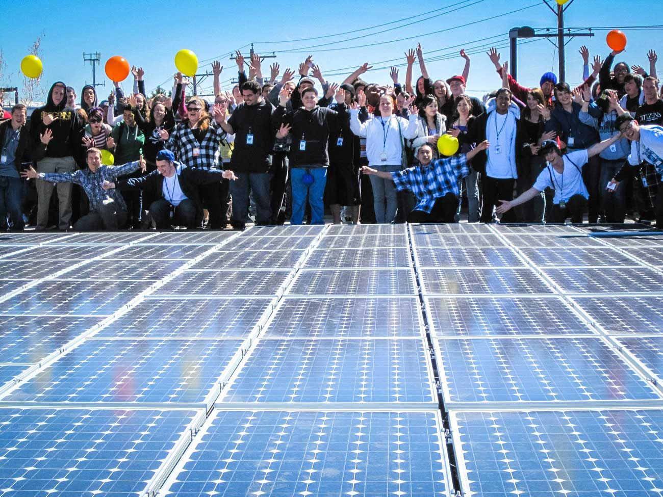 Will Microgrids And Community Solar Join Forces Solar Solar Technology Advantages Of Solar Energy
