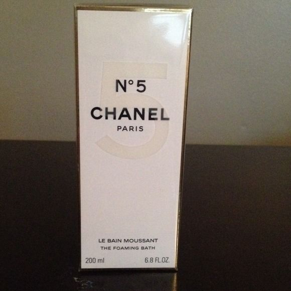 I+just+discovered+this+while+shopping+on+Poshmark:+Chanel+No+5+Shower+FoamNWT.+Check+it+out!+Price:+$50+Size:+0,+listed+by+dalvelo