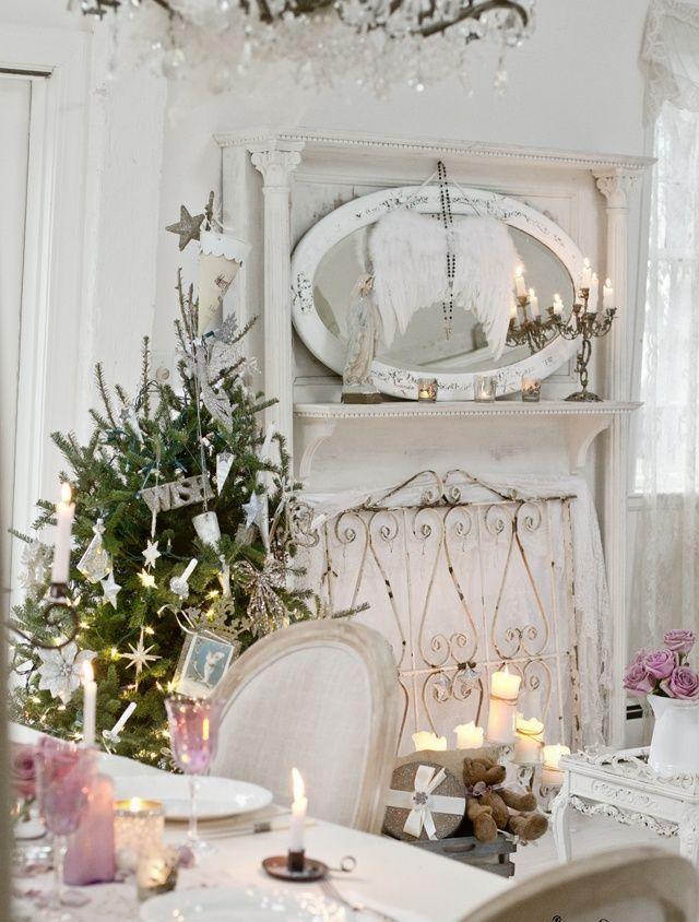 20 ehrf rchtiger wei er sch biger schicker weihnachtsbaum trend ideen shabby chic. Black Bedroom Furniture Sets. Home Design Ideas
