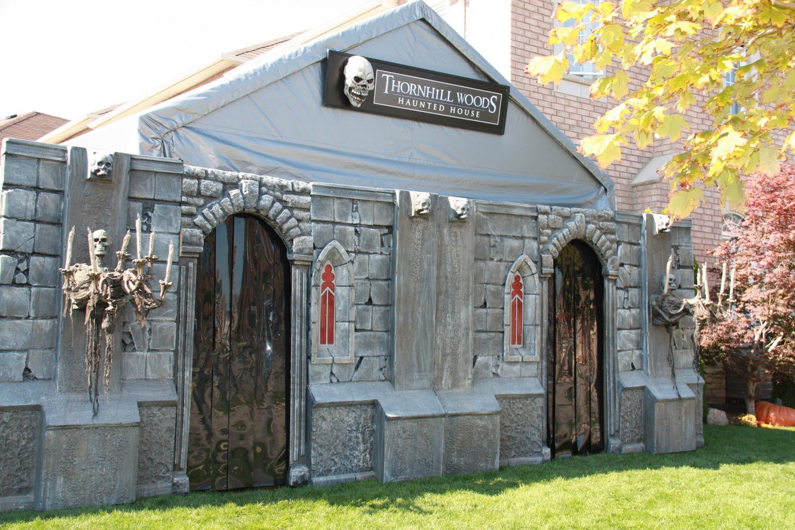 Uncategorized Garage Haunted House image result for entrance to haunted house halloween outside houses