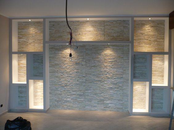 parete rivestita in pietra e realizzazione cartongesso nel