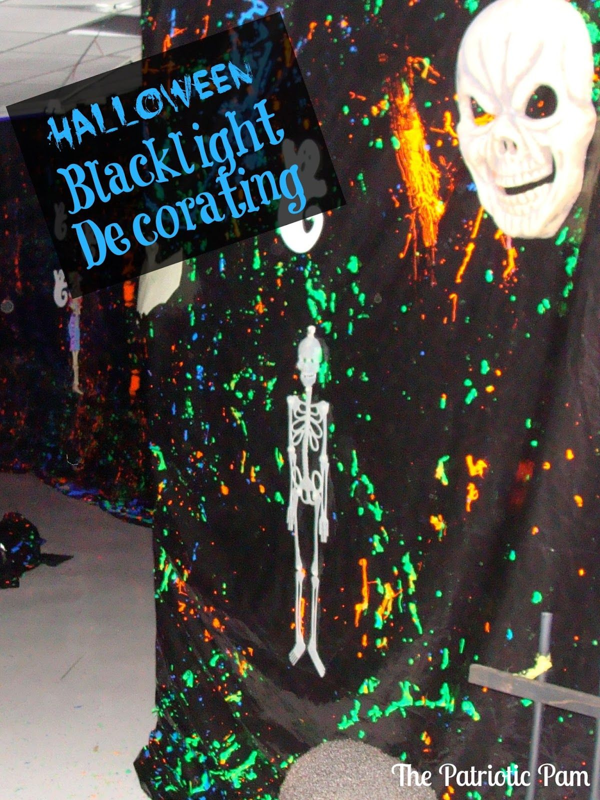 haunted house lighting ideas. halloween haunted yard with black lights - includes a list of ordinary things which will glow in light house lighting ideas