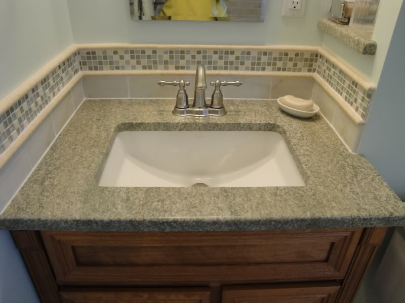 Bathroom Tile Accent Ideas Used The Glass Tile Around The Sink