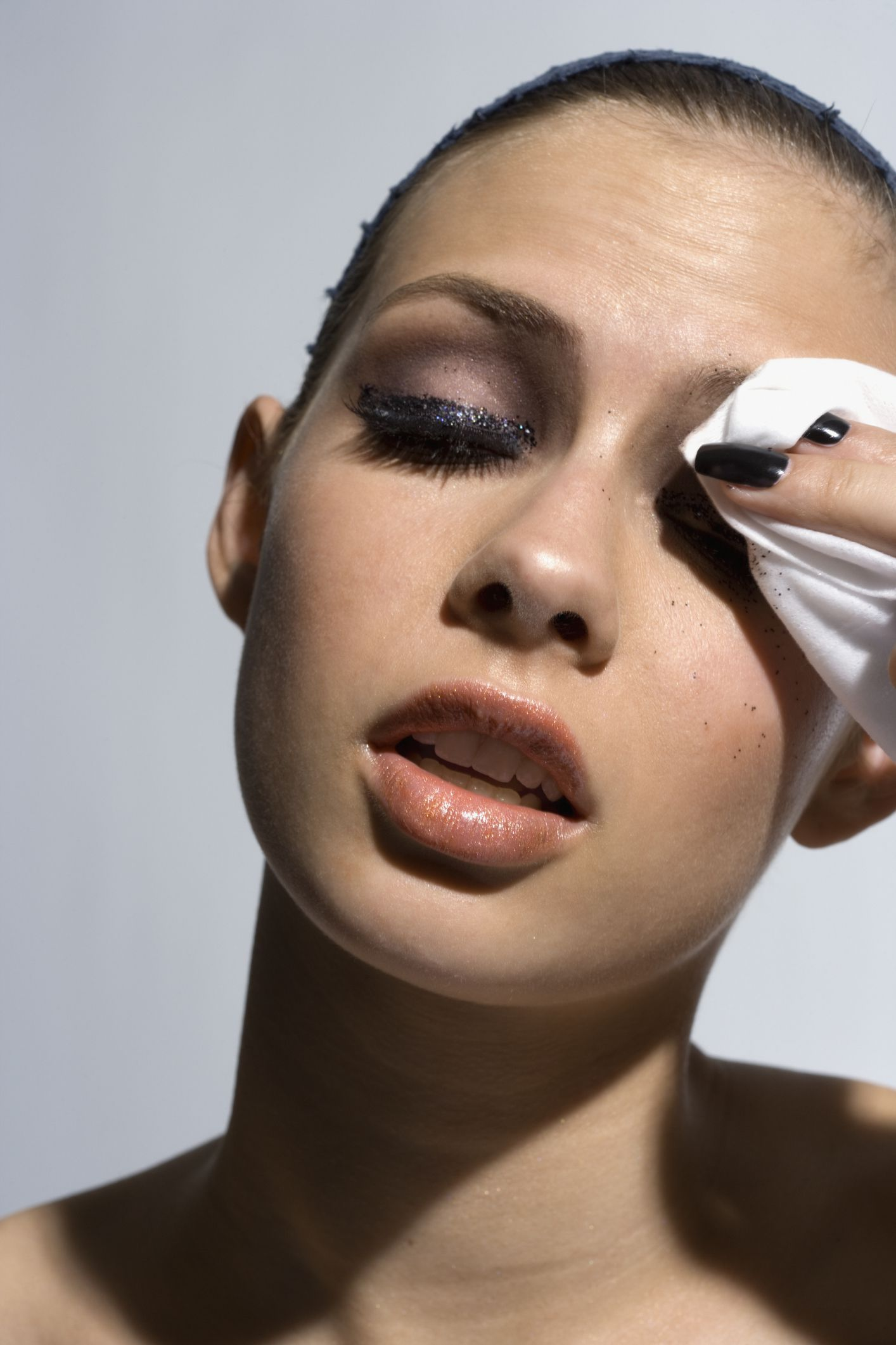 how to remove waterproof mascara without makeup wipes