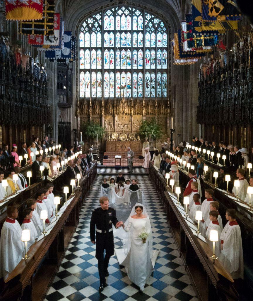 Harry Und Meghan Haben Ja Gesagt Die Schonsten Bilder Der Traumhochzeit Prinz Harry Hochzeit Konigliche Hochzeit Prinzessin Eugenie