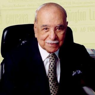 Roberto Pisani Marinho - (Rio de Janeiro, 3 de dezembro de 1904 — Rio de Janeiro, 6 de agosto de 2003) foi um jornalista e empresário brasileiro , tendo sido o presidente das Organizações Globo de 1925 a 2003. Participou, ainda, do movimento tenentista, mais especificamente da primeira revolta, a dos 18 do Forte de Copacabana, ocorrida em 1922, porém foi um dos primeiros a sair do local.