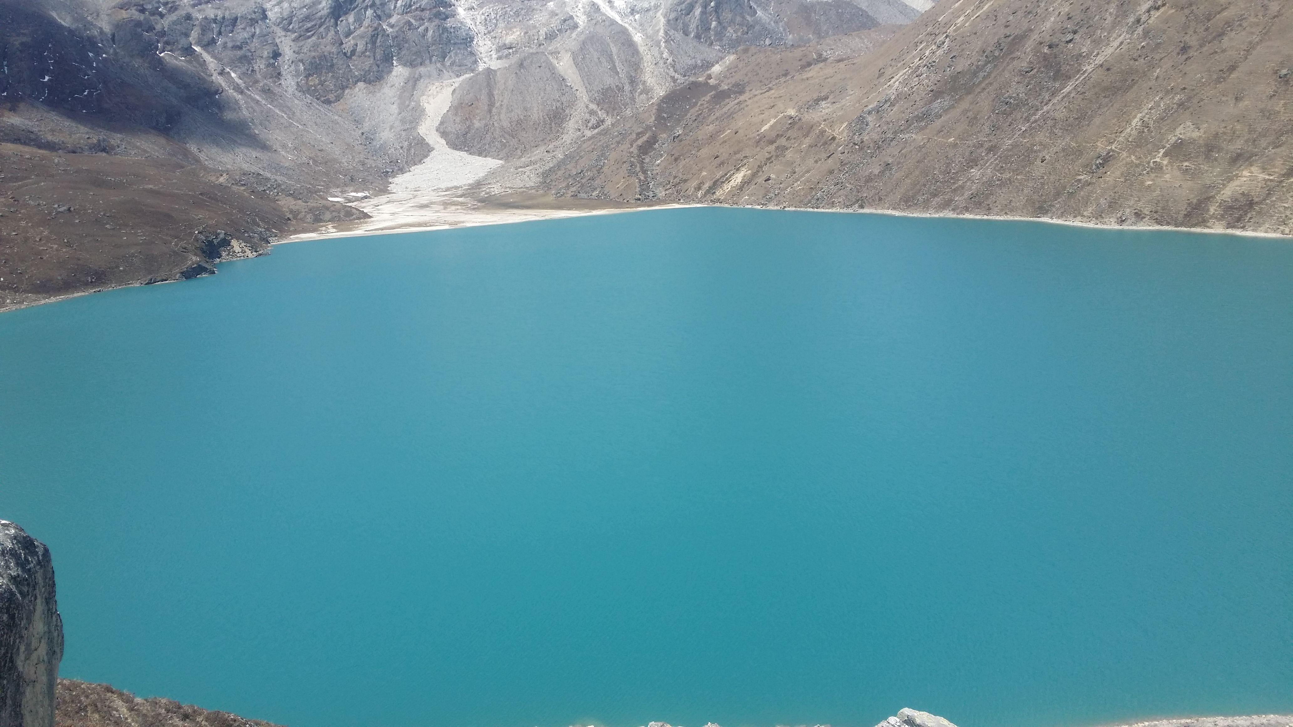 https://www.lifehimalayatrekking.com/gokyo-valley-trekking.html