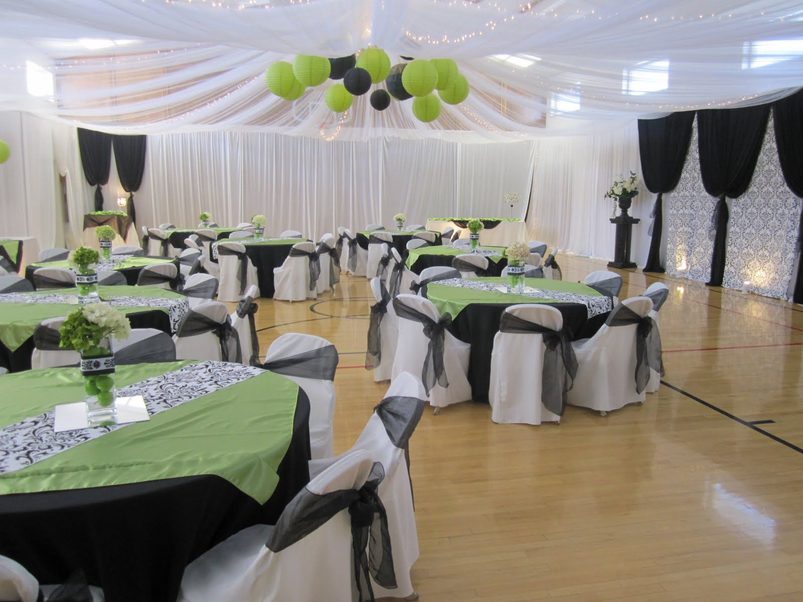Wedding reception in a gym ideas wedding reception for Pictures of wedding venues decorated
