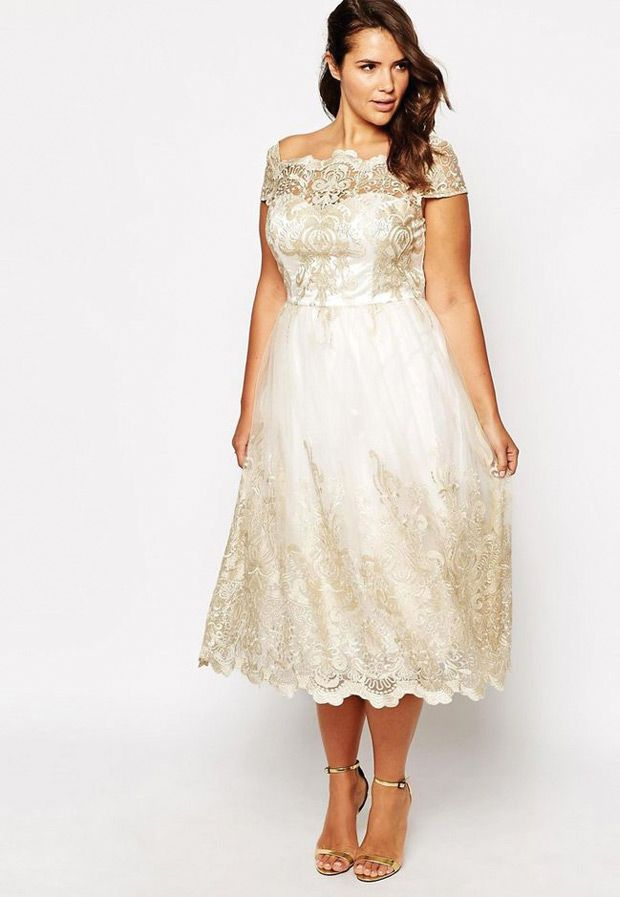 Best dresses for plus size hourglass figure
