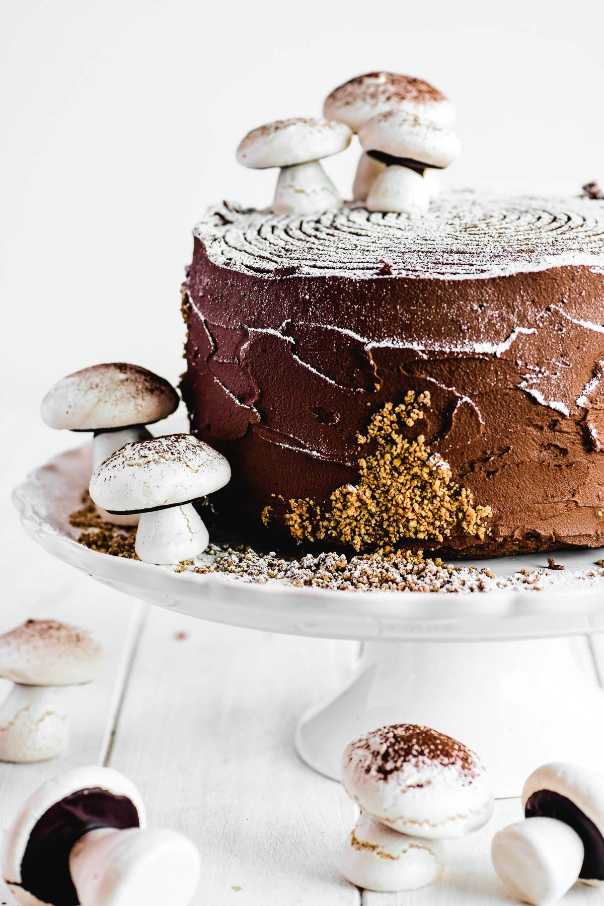 A Buche De Noel Layer Cake Is A Spectacular But Do Able Holiday Dessert This Toasted Hazelnut Cake With Chocolate In 2020 Cupcake Cakes No Bake Cake Holiday Desserts