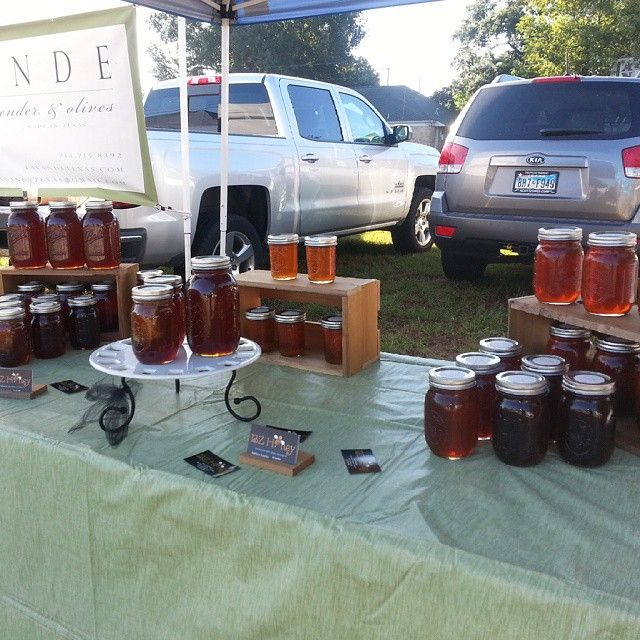 BZ Honey's table at the Tomball Farmer's Market!