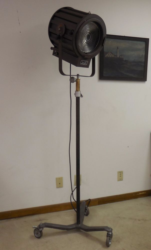 Vintage Kliegl Bros 10 Fresnel Stage Theater Light With Stand 110V