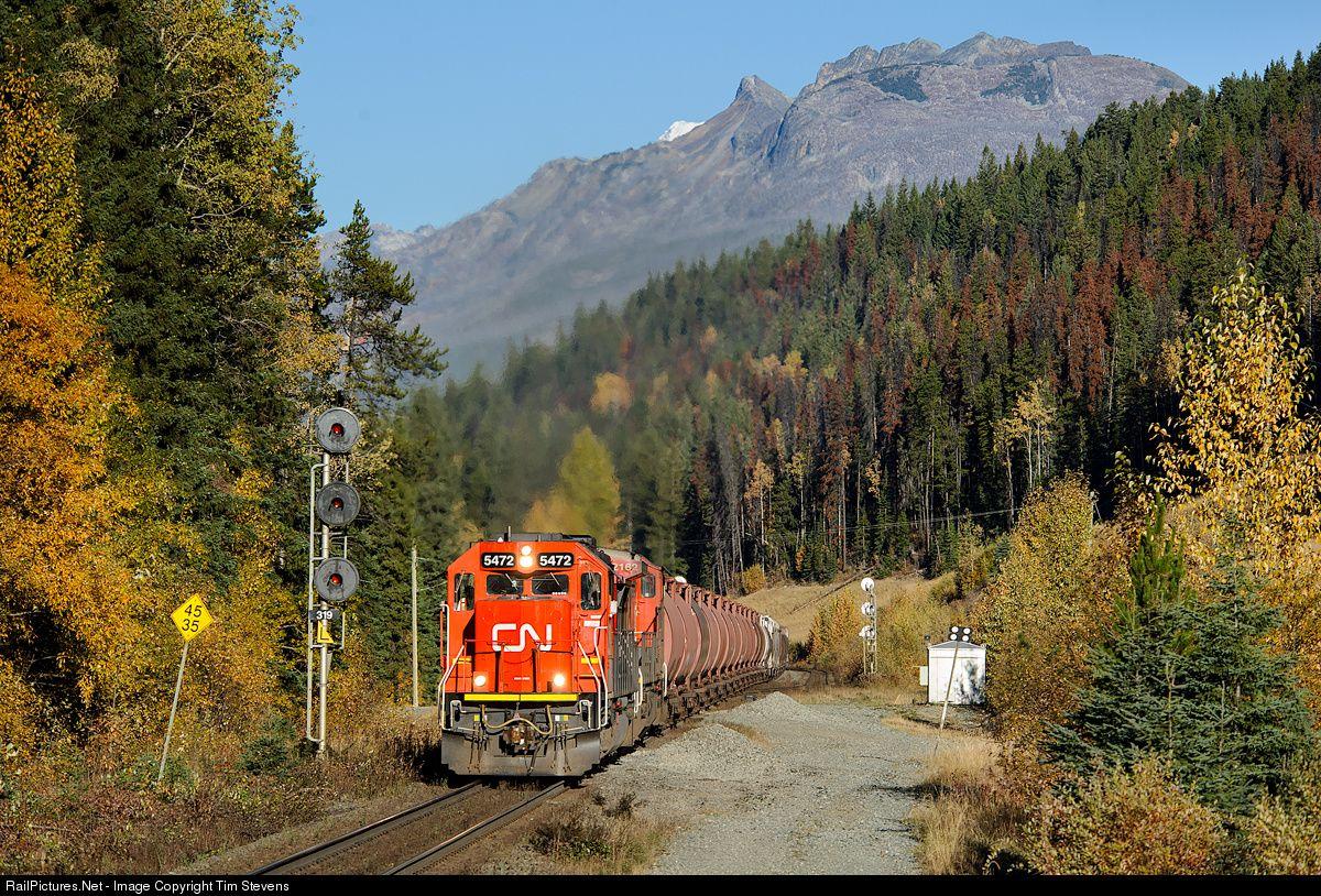 RailPicturesNet Photo CN Canadian National Railway EMD SD