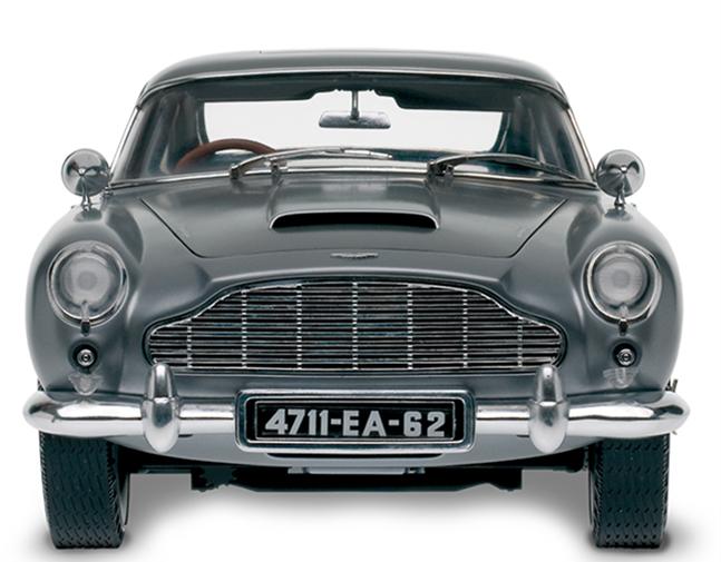 James Bond Aston Martin Db5 From Goldfinger This Bespoke 1 8