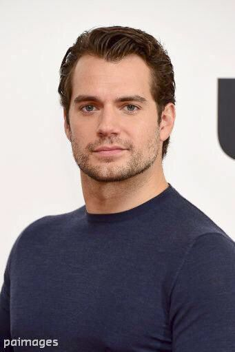 "#HandsomeSolo - ""@IanWest_PA: #HenryCavill attending the Man From U.N.C.L.E…"
