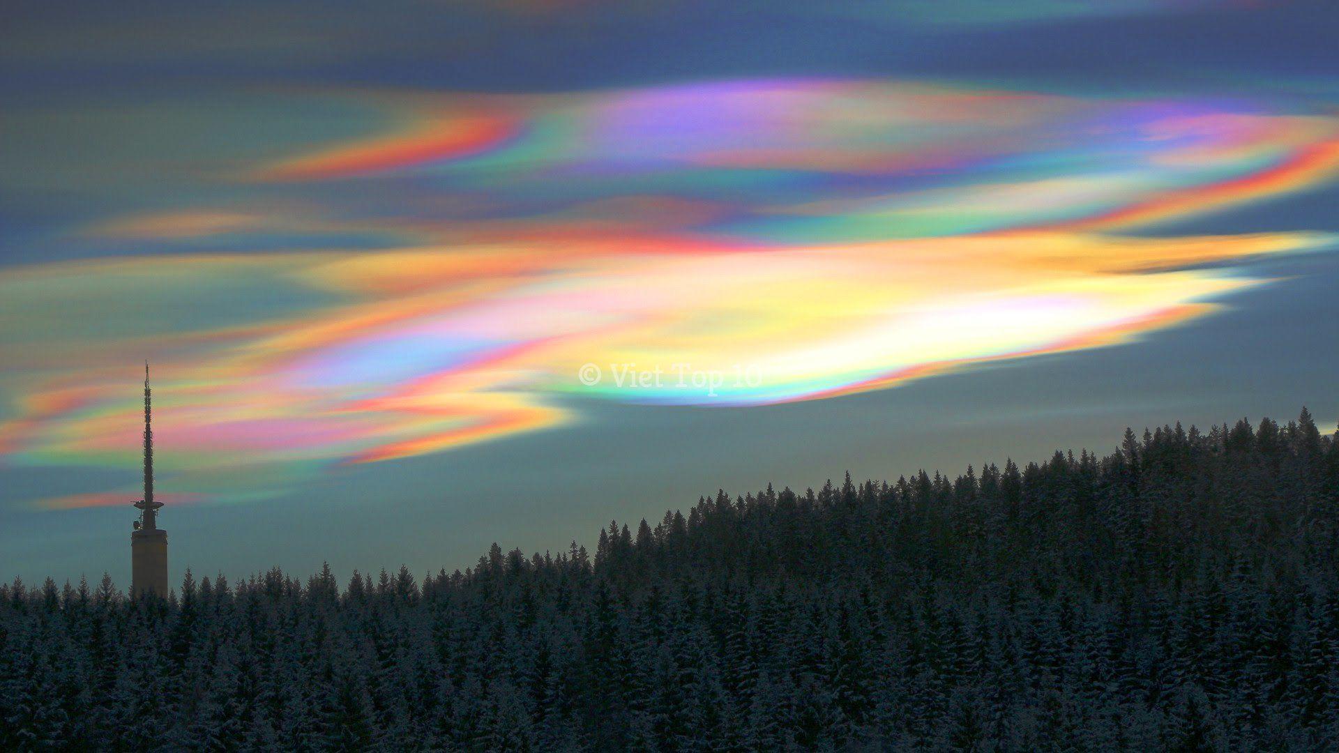 hiện tượng những đám mây kỳ lạ nhất trên trái đất - việt top 10 - việt top 10 net - viettop10