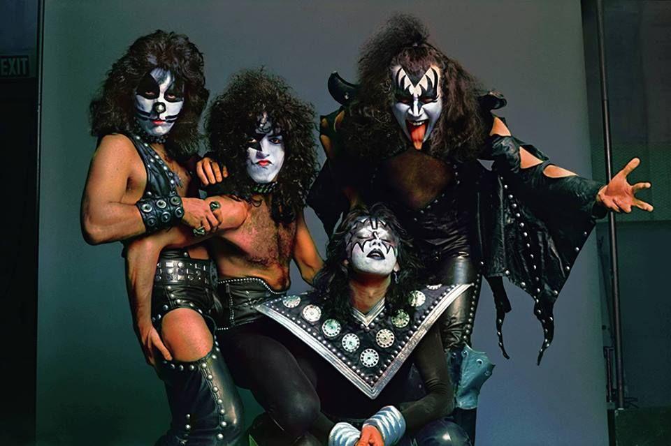 kiss on tour 1974   PAUL STANLEY RECUERDA EL NACIMIENTO DE LA BANDA « Kiss Army Spain