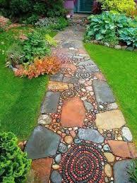 Resultado de imagen para piedras decorativas para jardin for Mosaicos para jardin