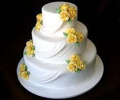 Resultado de imagem para bolo com flores amarelas e rosa