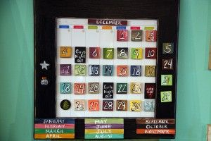 How cute is this? Handmade calendar. One way to jazz up a dry erase calendar.... Nice!