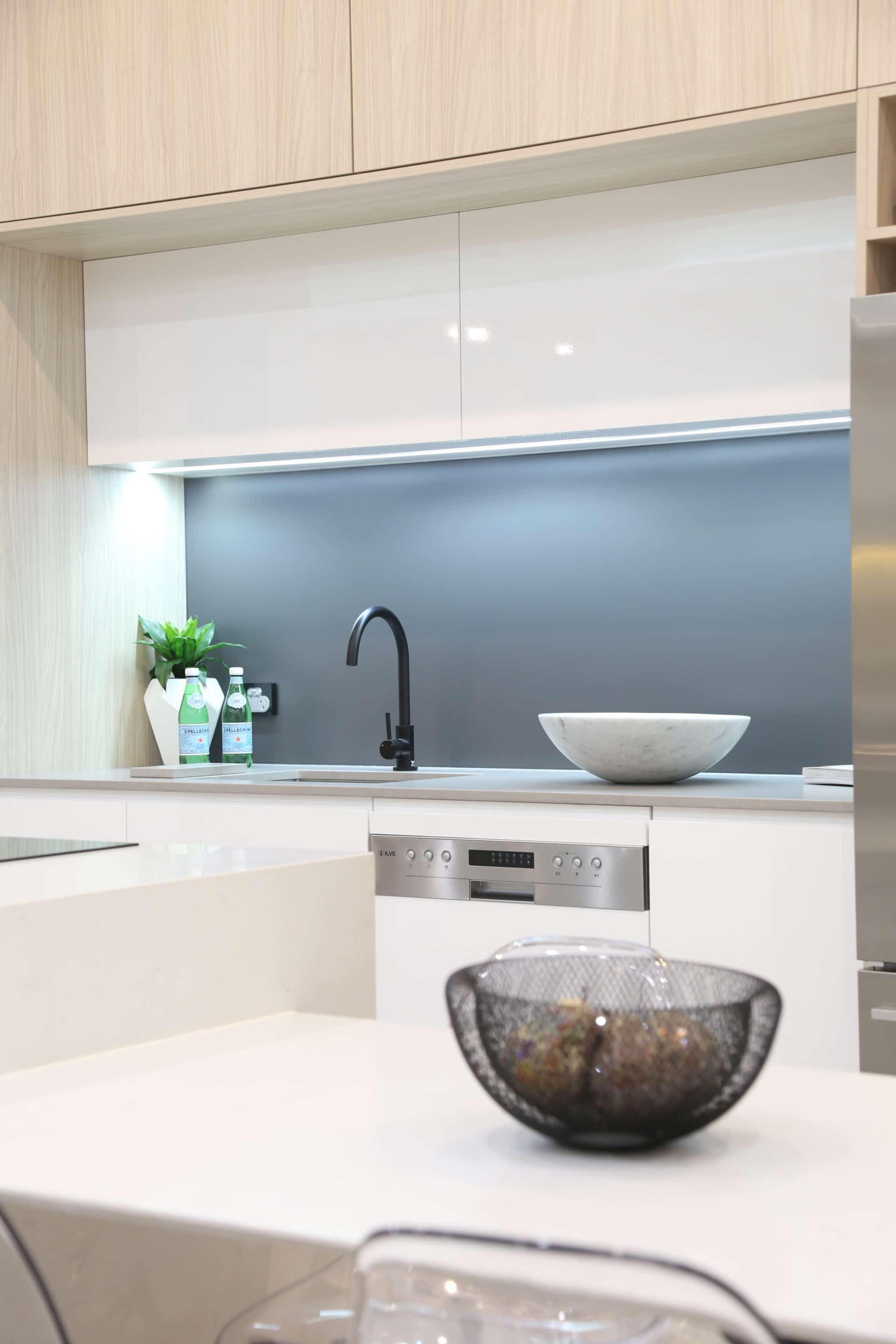 Best Blue Grey Classic Silkymatt ™ Matte Splashback Kitchen 640 x 480